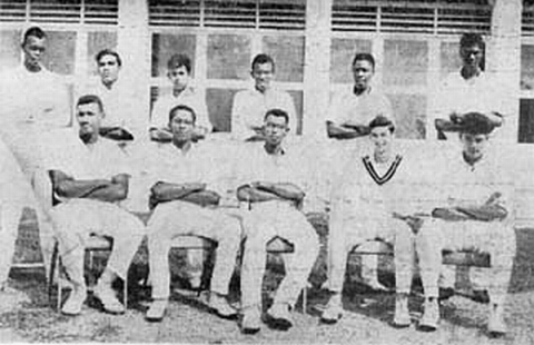 QC Cricket Team, 1962-1963